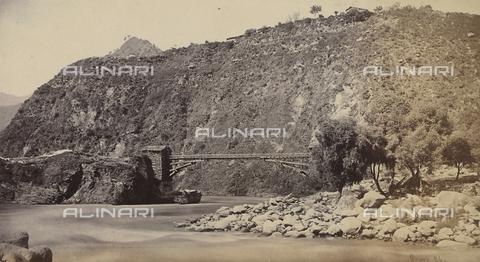AVQ-A-004121-0063 - Scorcio della valle di Chambra, in India - Data dello scatto: 1863-1870 ca. - Raccolte Museali Fratelli Alinari (RMFA), Firenze