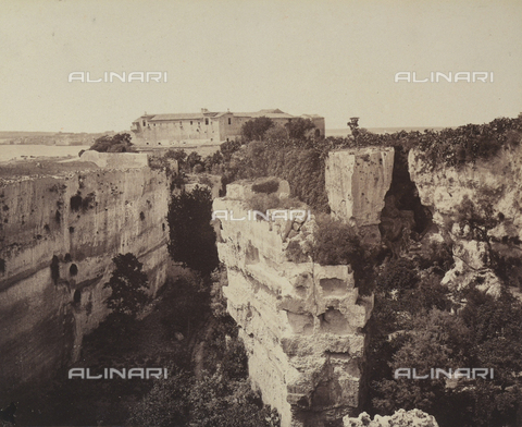 AVQ-A-004127-0026 - The Latomia dei Cappuccini or Capuchin stone quarry in Syracuse, Sicily - Data dello scatto: 1880 ca. - Archivi Alinari, Firenze