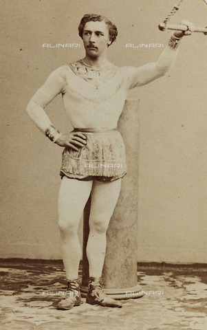 AVQ-A-004883-0007 - Portrait of the artist of circus Leotard - Data dello scatto: 1865-1870 - Archivi Alinari, Firenze