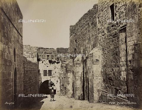 """AVQ-A-004884-0036 - Album """"Palestine 1887"""": luogo della Prima e Seconda Stazione della Via Dolorosa, Gerusalemme - Data dello scatto: 1887 - Archivi Alinari, Firenze"""
