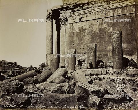 """AVQ-A-004884-0041 - Album """"Palestine 1887"""": ruins of the temple dedicated to Jupiter Heliopolitan in the Roman province of Syria, Baalbek - Data dello scatto: 1887 - Archivi Alinari, Firenze"""