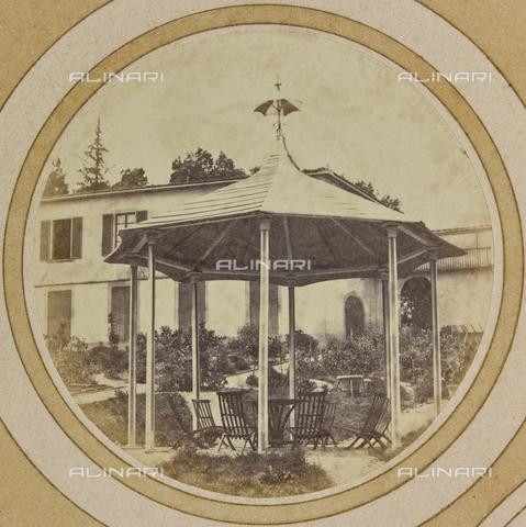 AVQ-A-004912-0023 - A gazebo in the garden of Villa Vrindavana, formerly Villa Fenzi, Sant 'Andrea in Percussina, San Casciano val di Pesa - Date of photography: 1890-1900 - Fratelli Alinari Museum Collections, Florence