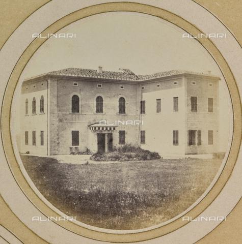 AVQ-A-004912-0030 - Villa Fenzi at Fortullino, Castiglioncello - Date of photography: 1890-1900 - Fratelli Alinari Museum Collections, Florence
