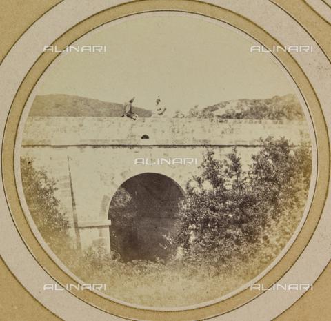 AVQ-A-004912-0032 - Railway bridge near Villa Fenzi at Fortullino, Castiglioncello - Date of photography: 1890-1900 - Fratelli Alinari Museum Collections, Florence
