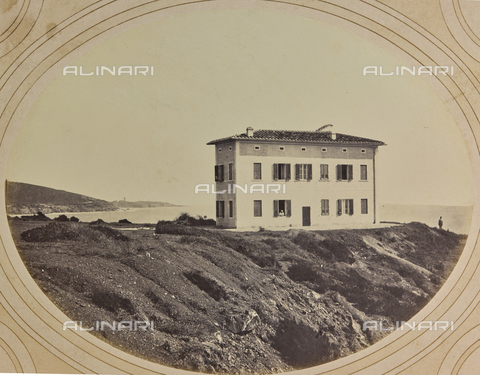 AVQ-A-004912-0034 - Villa Fenzi at Fortullino, Castiglioncello - Date of photography: 1890-1900 - Fratelli Alinari Museum Collections, Florence