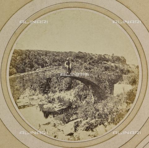 AVQ-A-004912-0035 - Ancient bridge near Villa Fenzi at Fortullino, Castiglioncello - Date of photography: 1890-1900 - Fratelli Alinari Museum Collections, Florence