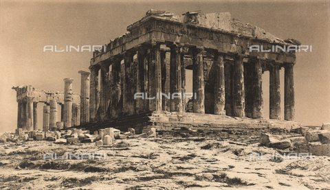 "BAF-A-004894-0101 - ""En Grèce par monts et par vaux"" (""In Greece Through Mountains and Valleys""): The Parthenon seen from the Propylaea, on the Acropolis of Athens - Data dello scatto: 1903-1910 - Archivi Alinari, Firenze"