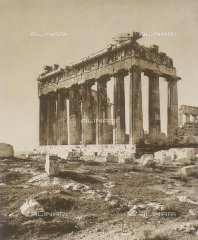 "BAF-A-004894-119A - ""En Grèce par monts et par vaux"" (""In Greece Through Mountains and Valleys""): Parthenon in Athens - Data dello scatto: 1903-1910 - Archivi Alinari, Firenze"