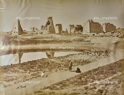 BAQ-A-001543-0064 - Karnak, General view of the pylons and the Temple of Khonsu - Data dello scatto: 1870 ca. - Archivi Alinari, Firenze
