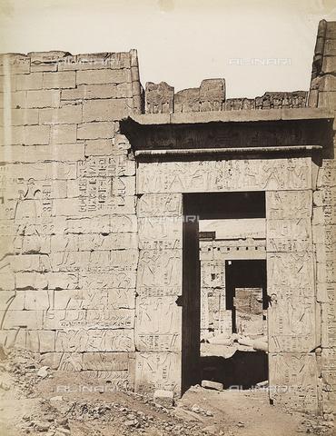 BAQ-A-001543-0098 - Medinet Habu, Second door of the Temple - Data dello scatto: 1870 ca. - Archivi Alinari, Firenze