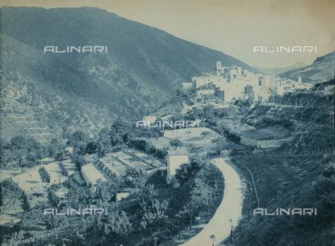 BAQ-F-001281-0000 - Veduta di Scanno, Abruzzo - Data dello scatto: 1907 - Raccolte Museali Fratelli Alinari (RMFA), Firenze