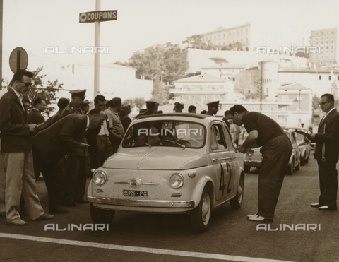 BEA-F-015814-0000 - Umbria Auto Ride: cars on the starting grid