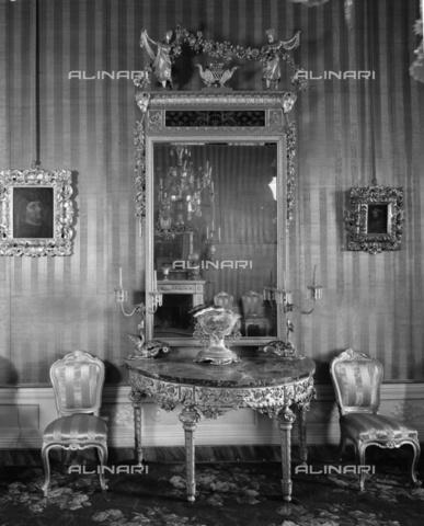 BEN-F-014710-0000 - Inside, 1426 (1878), Lorenzo di Bicci (Poggi, Giuseppe), Palazzo Capponi delle Rovinate, Florence - Raffaello Bencini/Alinari Archives, Florence