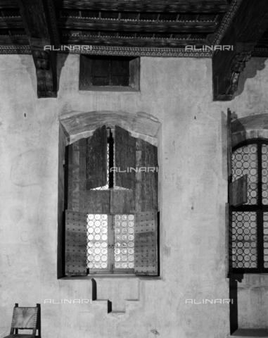 BEN-F-014731-0000 - Inside, Hall of Madornale, XIV century, Palazzo Davanzati - Raffaello Bencini/Alinari Archives, Florence