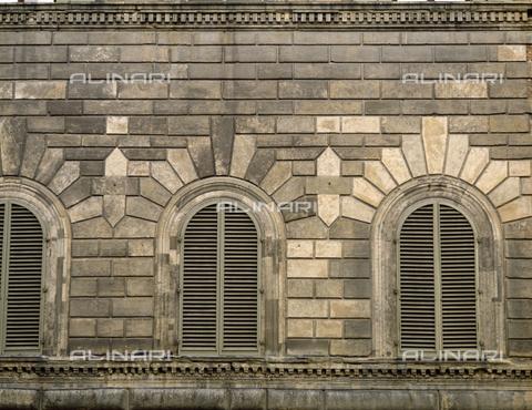 BEN-F-014733-0000 - Facade, detail, in 1490, Giuliano Giamberti, said da Sangallo (Florence 1452-1516), Palazzo Gondi, Florence - Raffaello Bencini/Alinari Archives, Florence
