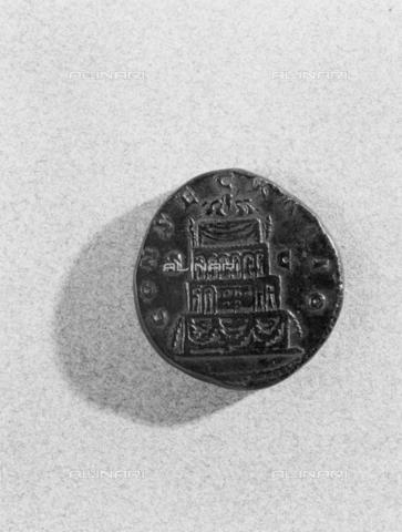 BEN-F-014764-0000 - Coin Septimius Severus, Location unknown - Raffaello Bencini/Alinari Archives, Florence