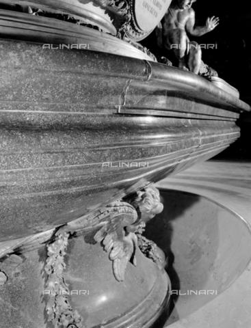 BEN-F-014765-0000 - Baptismal font with Agnus Dei, Carlo Fontana (1634-1714), the Chapel of Baptism, St. Peter's Basilica, Vatican City - Raffaello Bencini/Alinari Archives, Florence