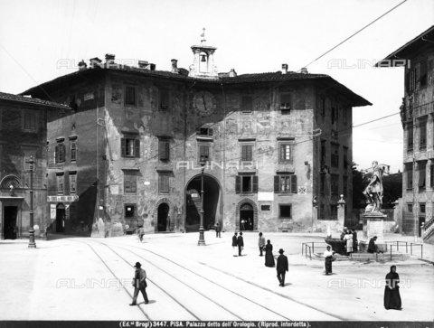 BGA-F-003447-0000 - The Clock Palace, Cavalieri Square, Pisa