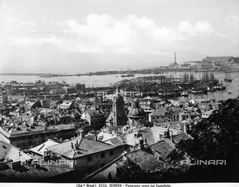 BGA-F-003555-0000 - View of the city of Genoa and the port