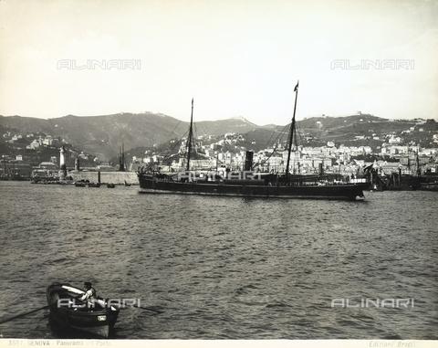 BGA-F-003557-0000 - Il porto di Genova.