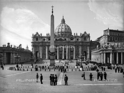 BGA-F-003630-0000 - Saint Peter's Basilica, Vatican City