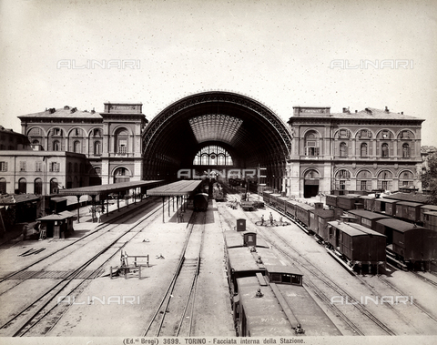 BGA-F-003699-0000 - Facciata interna della stazione di Porta Nuova, Torino