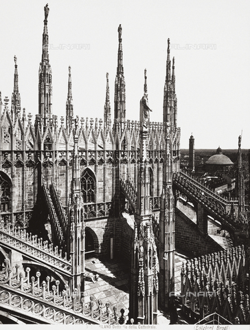 BGA-F-003821-0000 - Cathedral, Milan