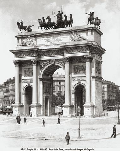 BGA-F-003831-0000 - Arch of Peace, Sempione Park, Milan