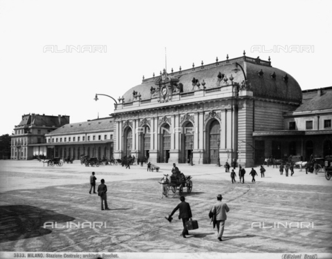 BGA-F-003833-0000 - Central train station in Milan, designed by Ulisse Stacchini.