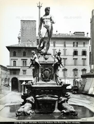 BGA-F-003911-0000 - Fountain of Neptune, or of the Giant, Piazza del Nettuno, Bologna
