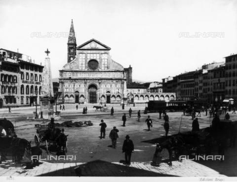 BGA-F-008695-0000 - Piazza Santa Maria Novella in Florence