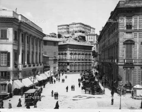 BGA-F-008752-0000 - Trams, carriages and pedestrians in Piazza delle Fontane Marose, in Genoa