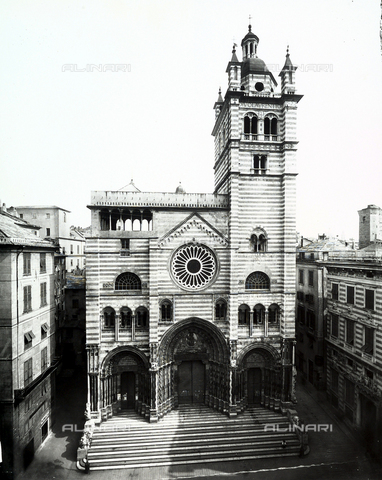 BGA-F-008764-0000 - Cathedral of San Lorenzo, Genoa