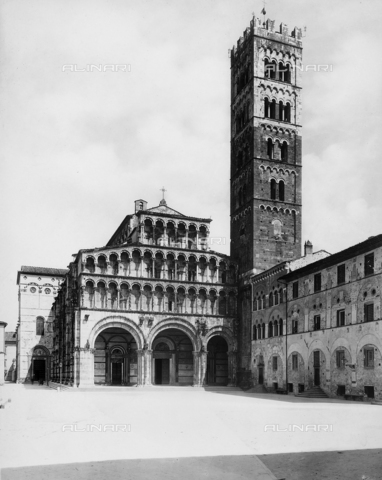BGA-F-008832-0000 - Cathedral of San Martino, Lucca