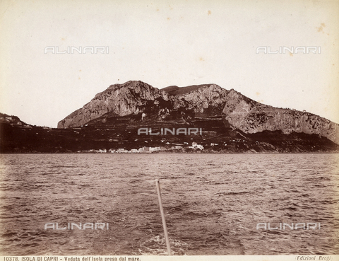 BGA-F-010378-0000 - View of the Isle of Capri