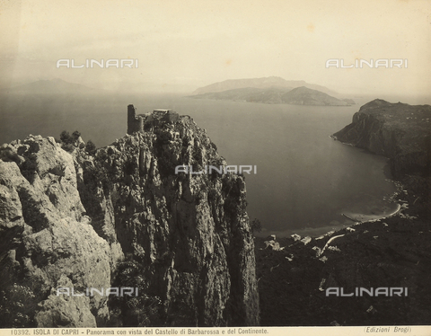 BGA-F-010392-0000 - View of the Isle of Capri with the ruins of the Barbarossa Castle.