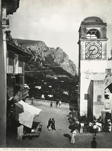BGA-F-010401-0000 - Piazza Umberto I (Umberto I Square) in Capri with a view of the road to Anacapri.