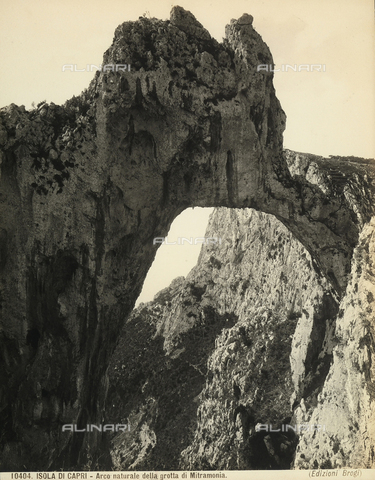 BGA-F-010404-0000 - Natural arch of the Matromania Grotto in Capri