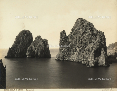 BGA-F-010413-0000 - View of Capri's faraglioni (giant rocks)