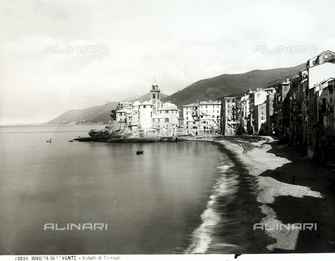 BGA-F-010634-0000 - Part of the beach and some homes in Camogli.