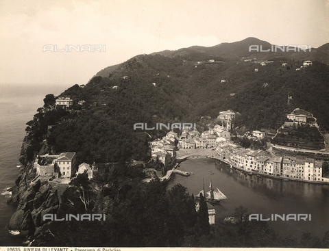 BGA-F-010635-0000 - Panoramic view, from above, of Portofino's inlet with docked boats in the harbor.