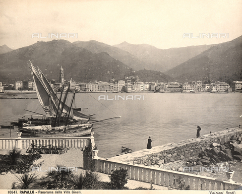 BGA-F-010647-0000 - View of the town of Rapallo from Villa Ginelli.