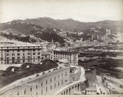 BGA-F-012236-0000 - View of Genoa photographed from the lighthouse.