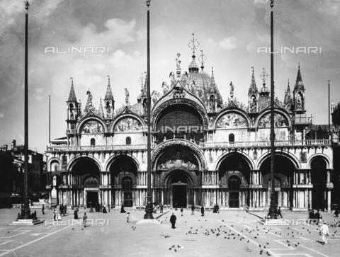 BGA-F-012331-0000 - Faà§ade of St. Mark's Basilica, Venice