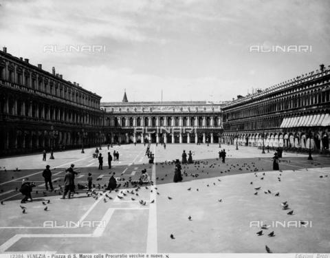 BGA-F-012384-0000 - The Procuratie Vecchie in Piazza San Marco, Venice