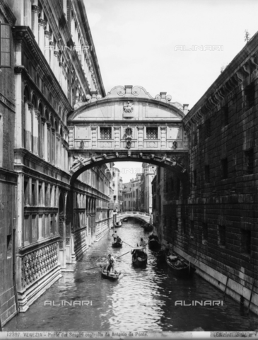 BGA-F-012397-0000 - Bridge of Sighs, Venice
