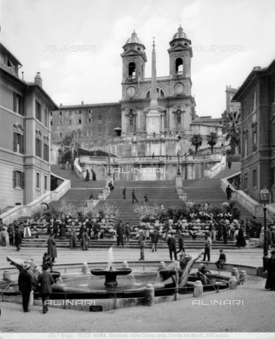 BGA-F-016223-0000 - Barcaccia Fountain, Piazza di Spagna, Rome