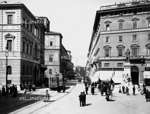 BGA-F-016225-0000 - Piazza San Pantaleo, off to one side of Piazza Navona and Campo de' Fiori, Rome