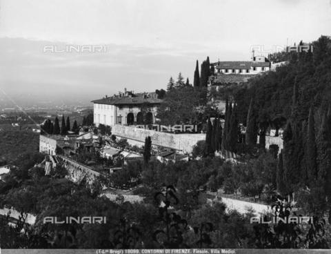 BGA-F-018099-0000 - Veduta della Villa Medici a Fiesole, nel XIX secolo conosciuta anche come Villa Spence, dintorni di Firenze - Data dello scatto: 1890 ca. - Archivi Alinari, Firenze
