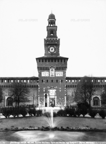 BGA-F-020730-0000 - Tower dedicated to Umberto I, known as the Torre del Filarete, Castello Sforzesco, Milan
